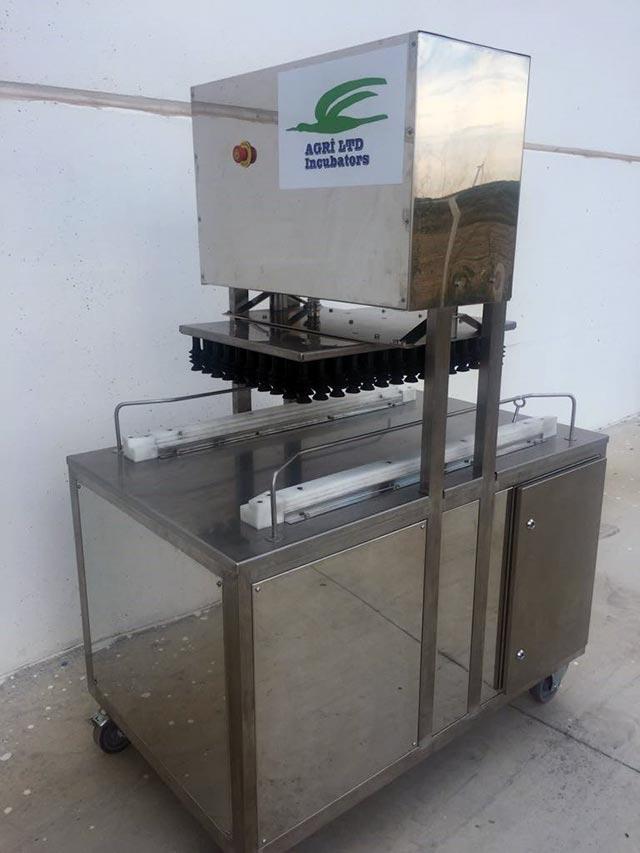 Automatic Egg Transfer Machine